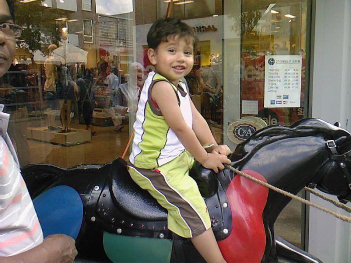 akram sharukh Ramlal ^^ Mon petit Love ♥