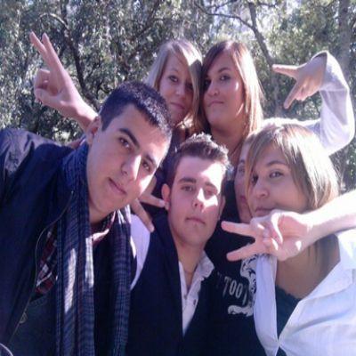 Mandy, Romain, Sandra, Maxime, Pierre, Sandra & Moa