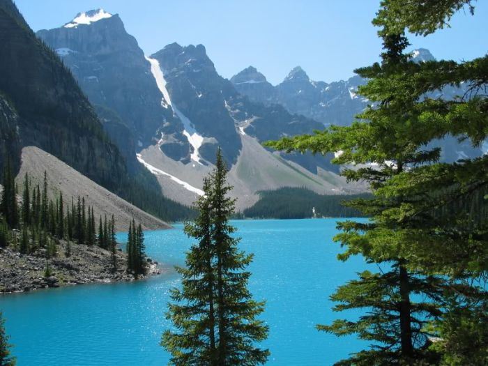 it's my favorite area ( banff , canada )