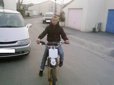 moi  dirt bike