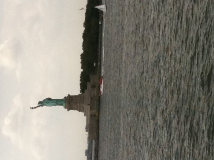 La Statue de la Liberté, de loin!