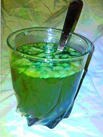 Le cocktail TATiNGHEM ;-)  Super bOn !!!!!! Goutez y !!!!!!