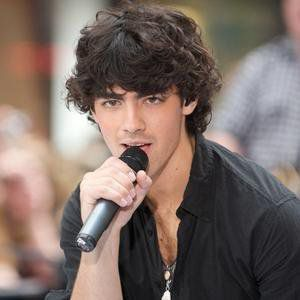 Joe trop beau !!!! $)