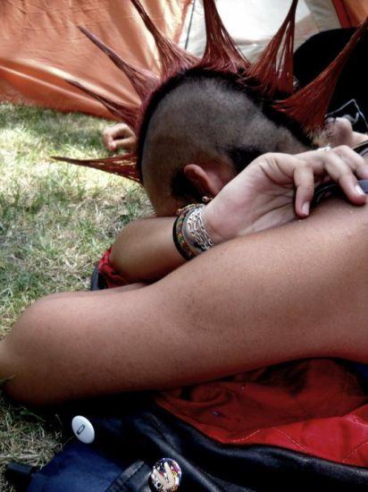 pedite sièste devant la tente pendant les francofolies 2010