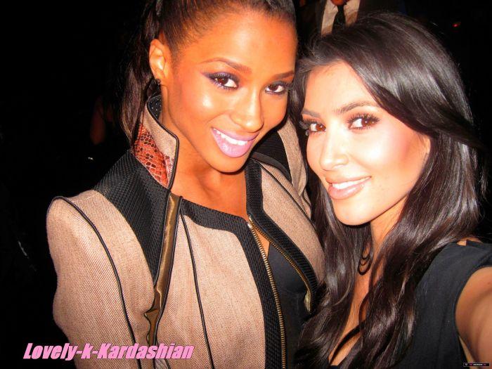 Kim Et Ciara (( Y ))
