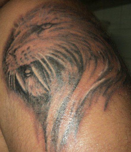 mon tatooage mais il et pa fini