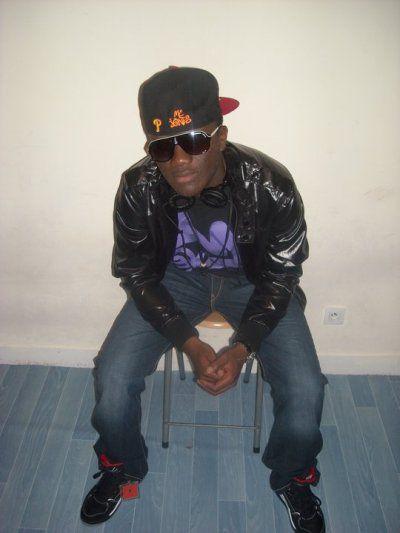 MC jones en mode Swagg
