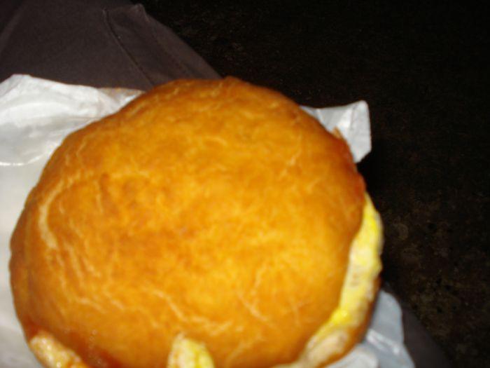 ceci un bokit sandwich à la Guadeloupéenne trop bon