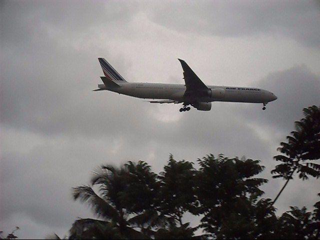 quant les avion atterrisse pres de chez moi