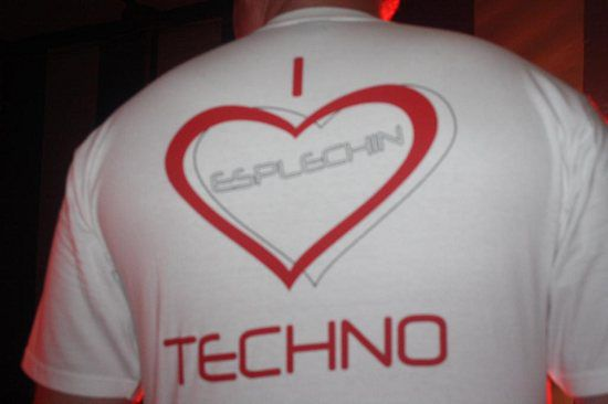 I LOVE TECHNO ESPLECHIN