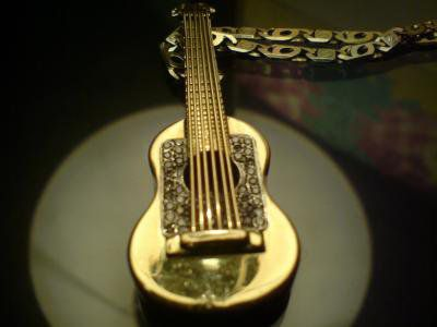 guitar en or
