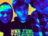 jb avec ses amis :)