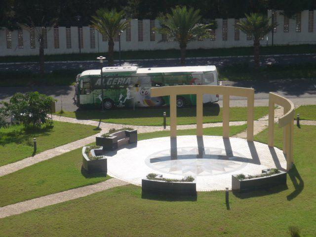 und hier der Bus von unserer Algerischen Nationalmanschaft!!