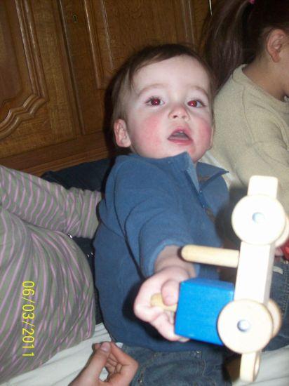 Mon filleul, Jonas : 17 mois.