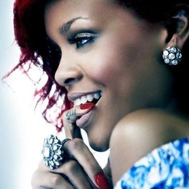 """Rihanna Lors de son clip """"What's My Name"""""""