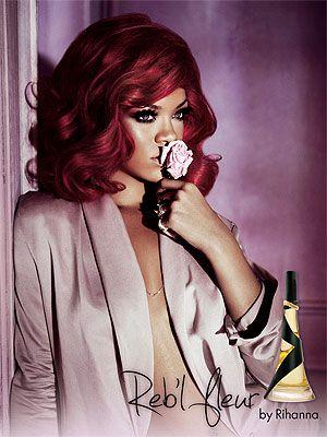"""Rihanna , pub pour son parfum """"reb'l fleur"""""""