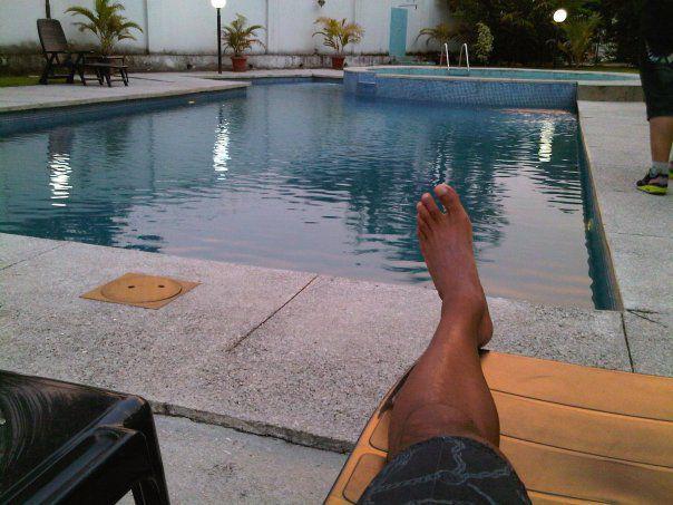 J'drague à Miami Beach, tu dragues à la piscine municipale