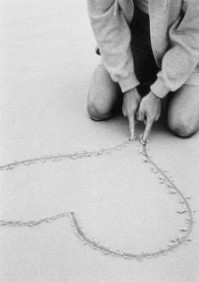 Coeur dans le sable ♥