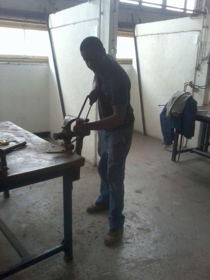 couper de l'acier pour le chauffage