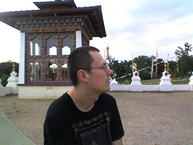 mon ami  vincent  au temple des milles  bouddha