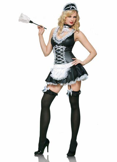 J'adore me deguiser en French Maid !! J'en ai 3 uniforms ;)