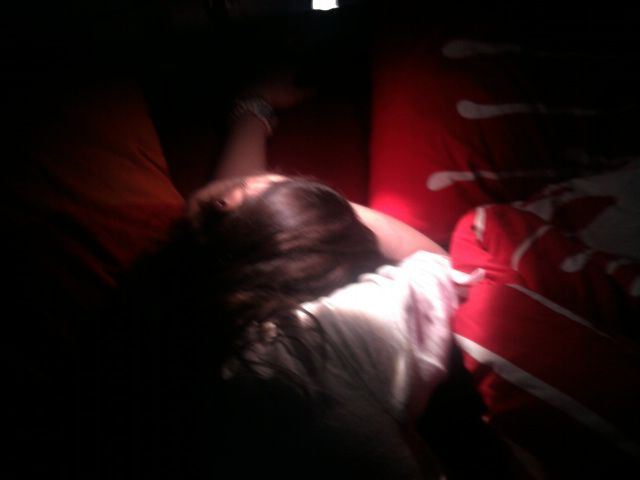 Le matin, faut me laisser dormir !!