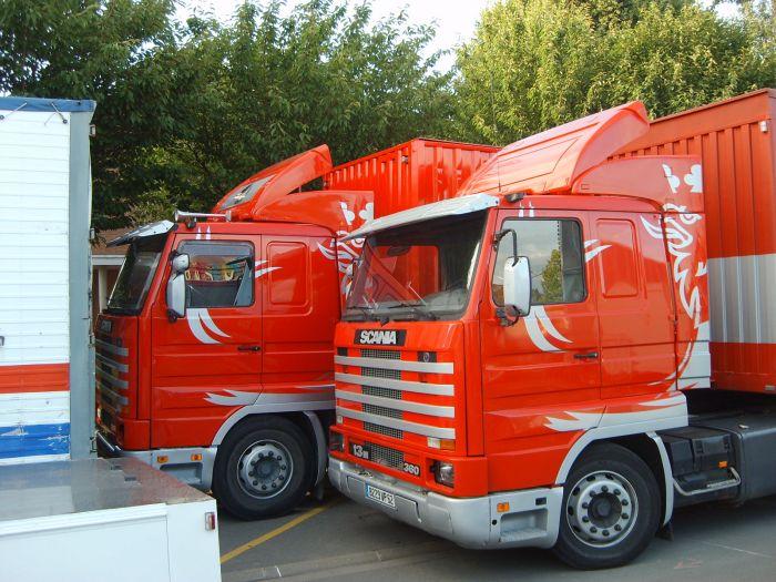 Les 2 porteurs Scania