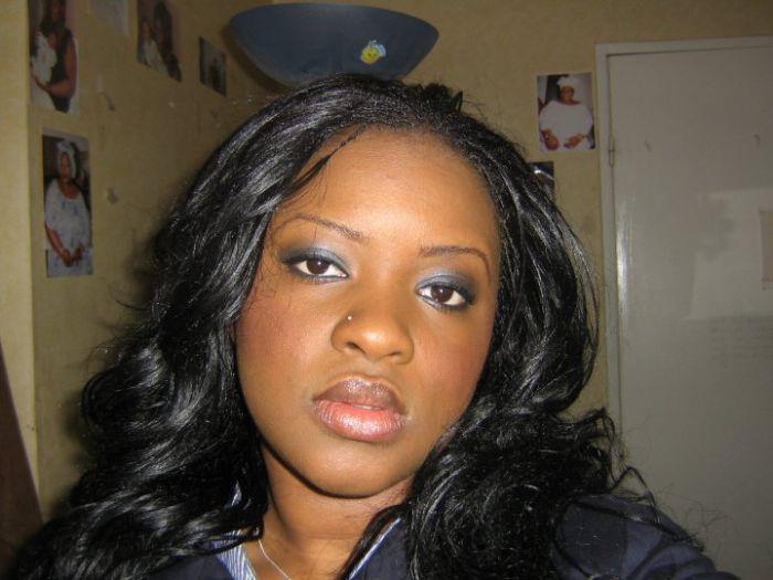 Aisha, Chargée de Communication