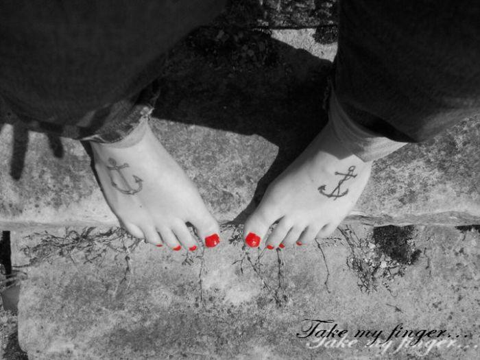 Feet me...