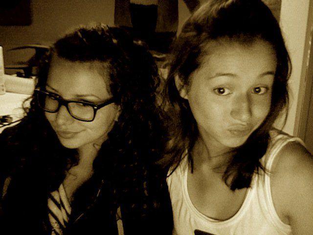 les sushis girls ; De gauche à droite : Sarah & Marie :).