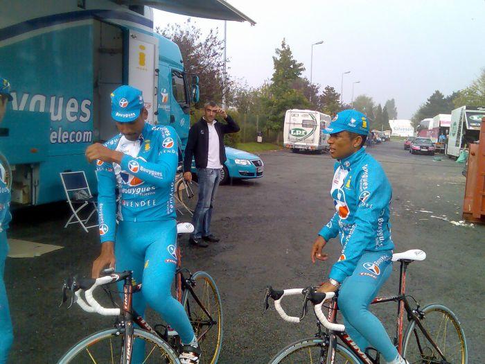 2 coureur cycliste pro gwada rony martias et yohann gene