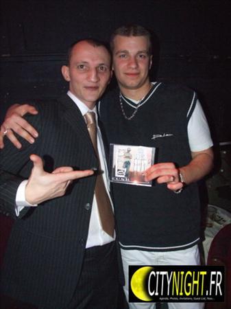 """Avec 1 de mes fans album""""SO FRESH 80'S vol.1"""""""