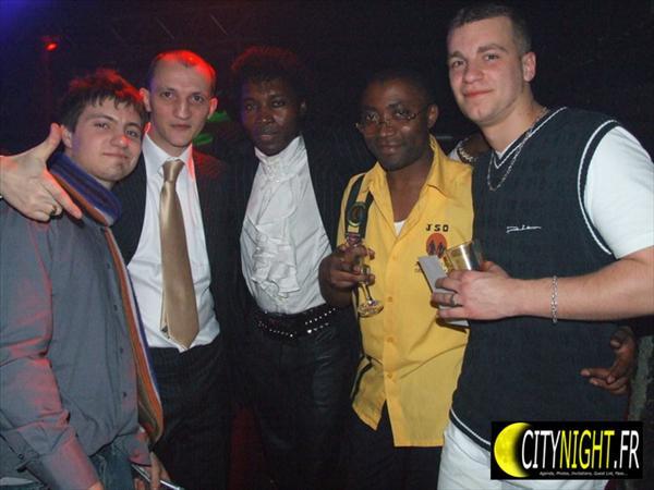 DJ F.A.B,MICHAEL B,LEELA 1er & des fans