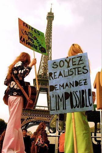 Soyez réaliste demandez l'impossible...*