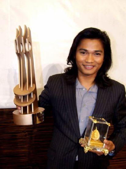 Tony Jaa recoit 1 award pour l'meilleur acteur film d'action