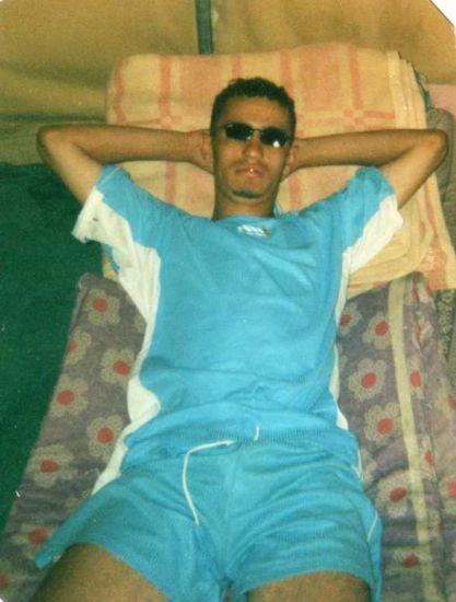 azul c Idir de la Kabylie jai 24 ans