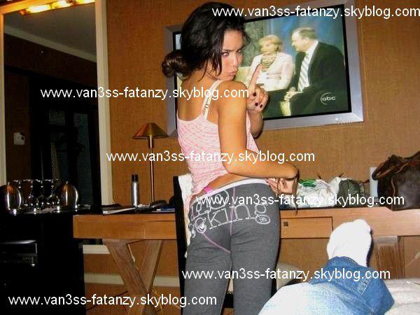 Vanessa durant sa tournée avec les Cheetal