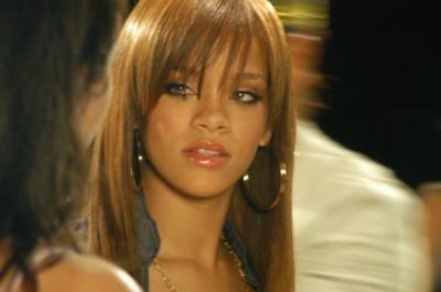 Rihanna-010