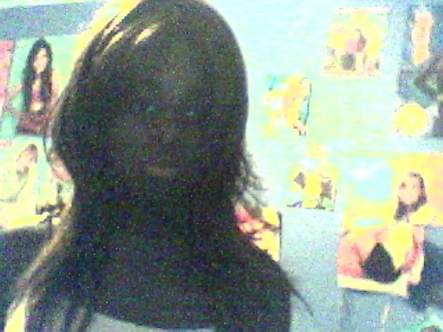 Moua =) Tjs ak mes new cheveux