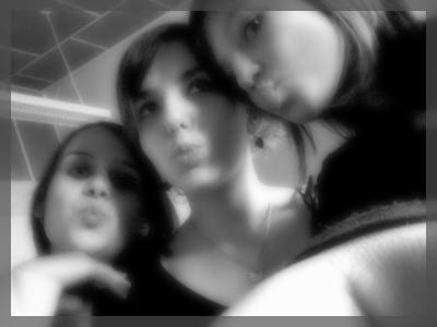 Julie,Amandine Et Moi