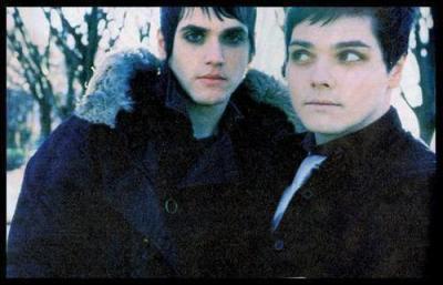 Gerard et Mikey Way =')