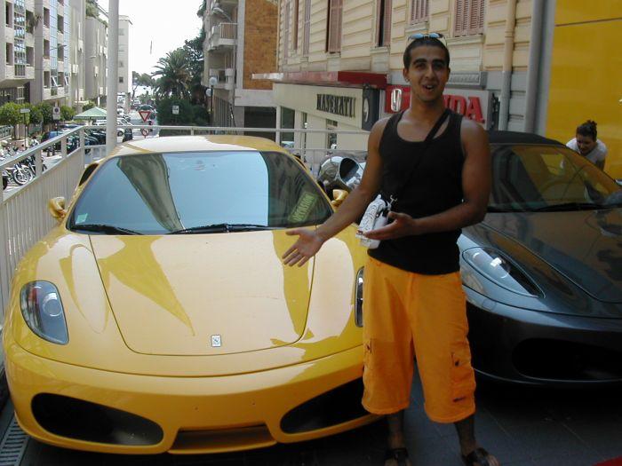 mon fréro et sa voiture!!!
