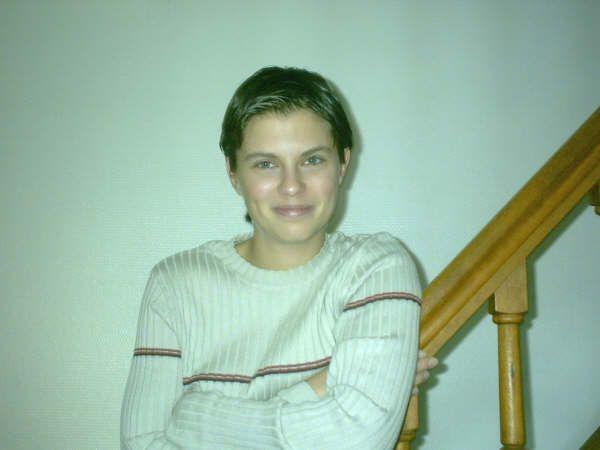 Moi quand j'avais les cheveux courts !!!