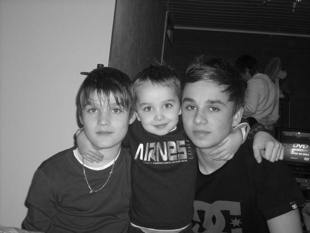 mes deux frere et mon cousin