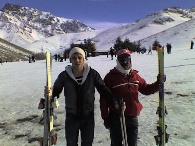moi a okaymdane je fai des ski lol