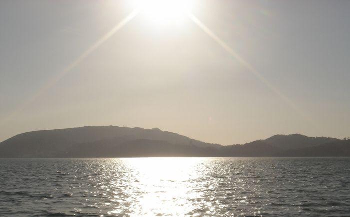 Há mar e mar, há ir e voltar.