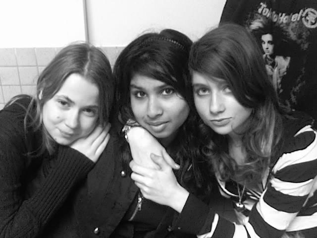 Mariib0u & TwinsAa & Mee :D