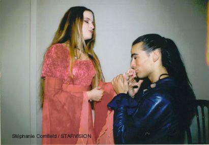 Romeo chiede ha Giulietta la sua mano