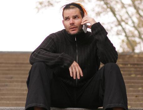 jeff hady avec son telephone