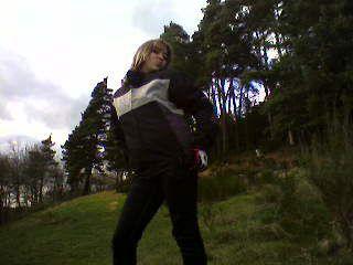 moi avec la veste de moto de mon ex